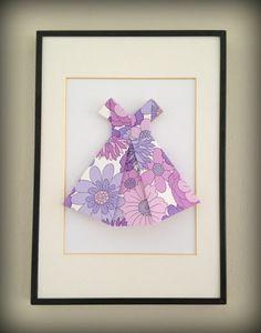Arvingen.com: Origami kjoler på veggen