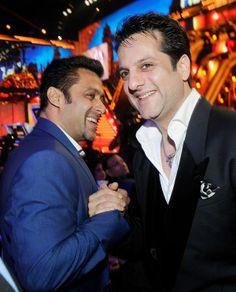 Salman Khan and Fardeen Khan exchanged warm greetings Filmfare Awards 2014 Sanjay Khan, Fardeen Khan, Feroz Khan, Ranveer Singh, Magazine Articles, Only Fashion, Latest Pics, Candid, Picture Video