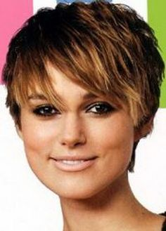short hairstyles thick hair | Le varianti dei caschetti corti angolati sono con…