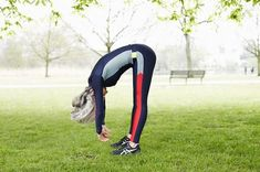Anna Bending and Stretching Early in Misty Misty Regents Park! New Season Available at Lane Crawford Leg Pain, Back Pain, Body Fitness, Health Fitness, Aching Legs, Circulation Sanguine, Circulatory System, Improve Posture, At Home Workouts