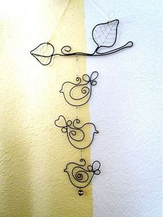 33 awesome wire crafts to do cool things .- 33 awesome wire crafts to do cool things … - Wire Crafts, Crafts To Make, Jewelry Crafts, Arts And Crafts, Wire Wrapped Jewelry, Wire Jewelry, Jewellery, Choses Cool, Sculptures Sur Fil