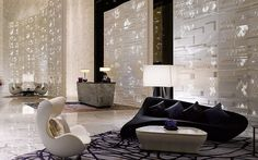 Four Seasons Hotel in Guangzhou, China | Hotel Lobby Interior Design