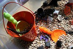 halloween-theme-black-eyed-peas-sensory-box-scoop-pour-preschool-fine-motor