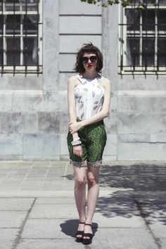 Fashion Tip Friday!  How to make shorts chic? It's all about adding femininity !   #Fashiontip #fashion #style
