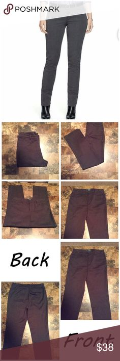 """Ralph Lauren Catlin Slimming Pants First pic of model wearing this style of Pants. Last 3 pics are of actual item/color. Size 6. Charcoal gray blend color is beautiful. Made of 98% cotton & 2% Elastane. 1 Faux back pocket. 2 front pockets. Laying flat """"15. Length """"41. Inseam """"30. Leg Opening """"7 3/4. Rise """"10.5.  This Item is NOT new, It is used and is in EUC. Smoke & Pet free home. All offers thru the Offer button ONLY.  I will NOT negotiate prices in the comment section. Thanks✨😀 Ralph…"""