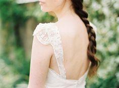 Hoy en el blog hablamos de Belle Allure, la nueva colección para novias de L'Arca Totalmente in love!  http://www.unabodaoriginal.es/blog/de-la-cabeza-a-los-pies/vestidos-de-novia/coleccion-belle-allure-de-larca