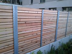 Individueller Gartenzaun aus Holz