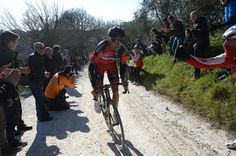 Gallery #Stybar wins 2015 #StradeBianche - Greg Van Avermaet (BMC) digging in!
