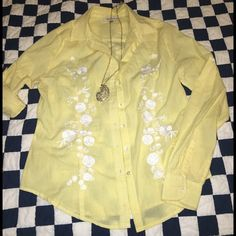 Crème fraíche plaid embroided casual shirt Beautiful 100% cotton plaid shirt with flower embroidery  , button down and fold up sleeves.  (Paris, New york).  Very good condition. Bought at Nordstrom @$118. Creme fraiche Tops Button Down Shirts