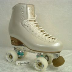 I'll start roller skate just to have skates with pearl shine <3