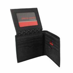 20f54bd37 Bonita billetera de hombre Pierre Cardin en piel color negro con detalles a  la moda en