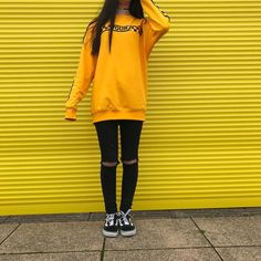 #yellow #justinbieber #aesthetic #style #fashion #outfit #black #vans #stadiumtour #justin #bieber #belieber