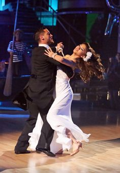 Val Chmerokovskiy and Zendaya  -  Dancing with the Stars  -  week   -  season 16  -  spring 2013