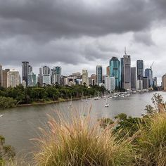 Brisbane from Kangaroo Point Clifs