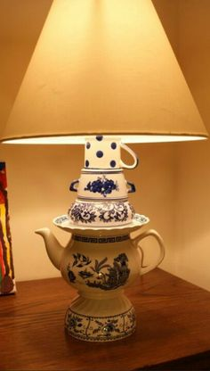 New diy lamp vintage tea cups 52 ideas Candle Shades, Lamp Shades, Tea Cup Lamp, Teacup Crafts, Diy Table Top, Diy Home Accessories, Diy Apartment Decor, Glass Dishes, Vintage Tea