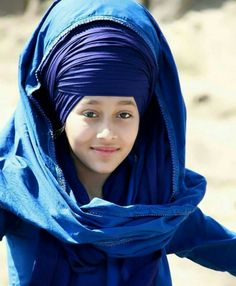 Roohnoor kaur Sikh Wedding, Indian Suits, Incredible India, Turban, Crowns, Beautiful Women, The Incredibles, God, Image