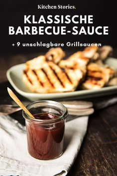 If you have never made barbecue sauce before, we strongly recommend that you do it. A classic, homemade # Sauce perfectly complements the natural aroma of grilled meat. We'll tell you the best recipe and 9 others for stunningly delicious sauces and Bbq Burger, Homemade Barbecue Sauce, Barbecue Recipes, Pizza Hut, Barbacoa, Bbq Chicken Wraps, Bbq Pitmasters, Bbq Grill, Sauce Recipes