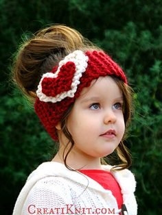 Warm heads & hearts with this cozy knitting pattern!