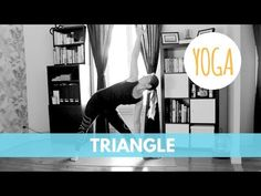 Yoga facile à intégrer à votre routine matinale pour vous aider à bien commencer la journée en seulement 15 minutes! Contient 12 poses bien expliquées. Poses, Relaxing Yoga, Yoga Positions, Yoga Gym, Anti Stress, Yoga Routine, Yoga Videos, Pilates, Zen