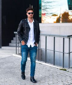 ️ Leather #jacket and #jeans. Simple but it always looks nice.  Have a good night.  • ——————————— . . . . . . . #fashion #love