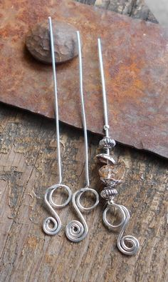 Head Pins Handmade Double Loop Swirl Silver Head by JNTCreations Wire Wrapped Jewelry, Metal Jewelry, Jewelry Findings, Beaded Jewelry, Head Pins, Or Rose, Rose Gold, Beads And Wire, Jewelry Crafts