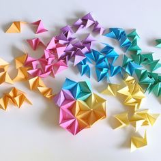 Read information on Origami Instructions Origami Paper Size, Origami Wall Art, Origami 3d, Origami Fish, Origami Design, Origami Stars, Easy Origami Star, Origami Lights, 3d Paper
