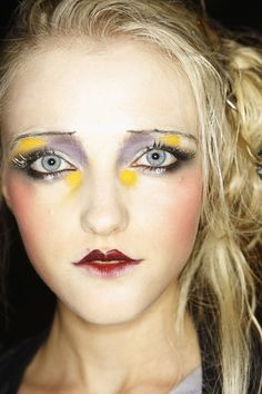 Vlada Roslyakova at John Galliano F/W 2009 the art of makeup.