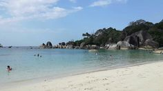 Painting-like scenary!  This is Belitung Island!