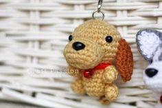 Amigurumi Dachshund Keychain [Pattern from Ami Ami Dogs]