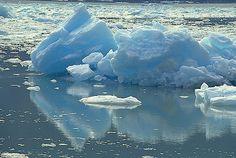Google Image Result for http://www.alaska-in-pictures.com/data/media/16/floating-ice_1196.jpg