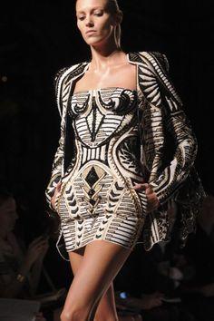 Balmain Fashion show & more details
