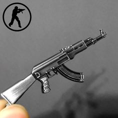 Neuheit Artikel Counter Strike AK47 Guns Keychain Trinket Awp Gewehr Sniper-kasten-gewehr-beutel Schlüsselanhänger Ring Schmuck Souvenirs Geschenk Männer Llaveros