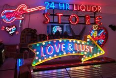 Temporary neon signs pop-up store in London. So bummed I missed this.