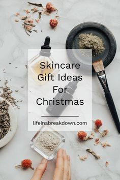 Skincare Gift Ideas For Christmas Christmas Gifts For Friends, Perfect Christmas Gifts, Christmas Desserts, Christmas Christmas, Holiday Gifts, Mother In Law Gifts, Gifts For Mom, Thing 1, Skin Clinic
