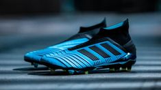 Stollen Fußballschuh Adidas Schuh Blau gelb core png