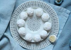Hvite sjokoladetrøfler med syltet ingefær