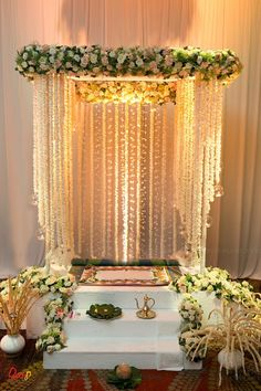 Wedding ceremony decorations arch simple 70 ideas for 2019 Flower Decoration For Ganpati, Ganpati Decoration Design, Mandir Decoration, Ganapati Decoration, Indian Decoration, Board Decoration, Class Decoration, Wedding Stage Decorations, Marriage Decoration