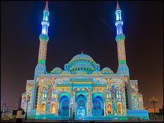 Al Noor mosque in colour at the annual Sharjah Light Festival
