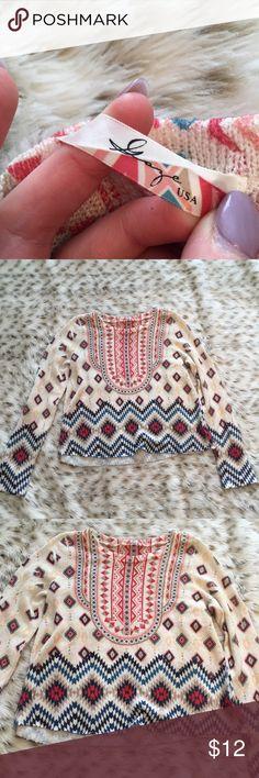 Gaze Aztec boho chic long sleeve shirt Gaze USA size medium long sleeve shirt ! Super cute Indian Aztec print! Super boho hippie chic! Worn a handful of times🙈 gaze Tops Tees - Long Sleeve