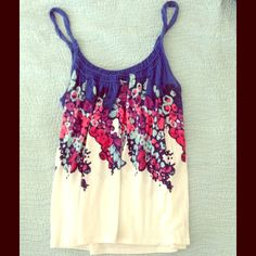 Cute Floral American Eagle Top Cute Floral American Eagle Top American Eagle Outfitters Tops Tank Tops