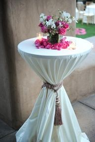 outdoor table ideas for cocktail hour at a rustic wedding | WEDDING RECEPTION & EVENT DECOR