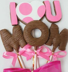 Christy's Gourmet Gifts, Burlington, ON | Mother's Day cookie bouquet. 'I <3 U Mom' | #cookie #cookiebouquet