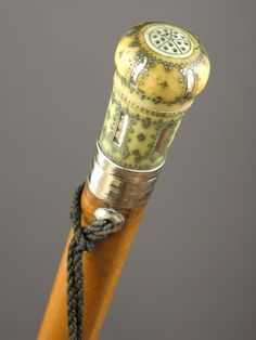 GALERIE JANTZEN,Gadget canes XVIII th.c POMMANDER CANE IN IVORY