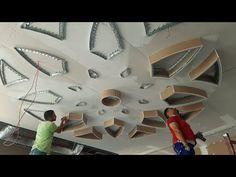 Watch These Masters of Restoration Bringing Old Things Back to New Drawing Room Ceiling Design, Interior Ceiling Design, Ceiling Design Living Room, Ceiling Light Design, Tv Wall Design, False Ceiling Design, Arch Designs For Hall, Hall Design, Fence Design
