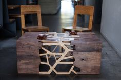 """cjwho: """" Branching Table by Gradient Matter The Branching table was inspired by the wood grain patterns and forces which are acquiring in the trees. Made from local walnut and plyboo veneer with. Walnut Coffee Table, Coffee And End Tables, Coffe Table, Coffee Table Design, A Table, Into The Woods, Decoration, Industrial Design, Furniture Design"""