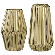 nice stuff: gold and glitter! Bloomingville vases fluted gold