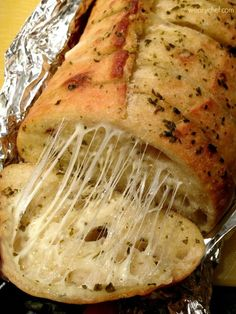 Irresistible Cheesy Pesto Bread