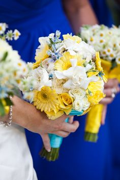 Yellow Bouquet - also bmaids bouquet?