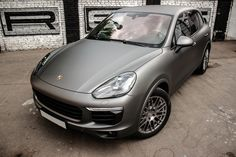 Porsche Cayenne GTS in grey matte wrapping Оклейка Кайена в плёнку серый мат Porsche Cayenne Gts, Shabby Chic Bedrooms, Dream Cars, Wrapping, Grey, Vehicles, Mad, Wraps, Exercise