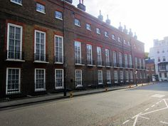 St James's Palace, English Architecture, Royal Residence, Grand Homes, British Isles, Palaces, British Royals, Castles, Britain